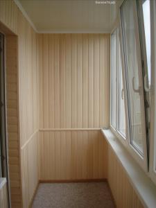 Otdelka-balkona derevo