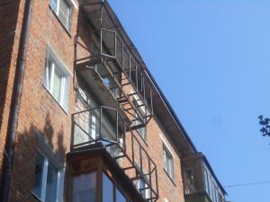 Балкон во время ремонта